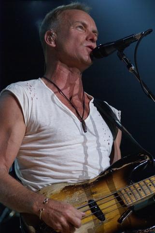 Sting_ThePolice_2007